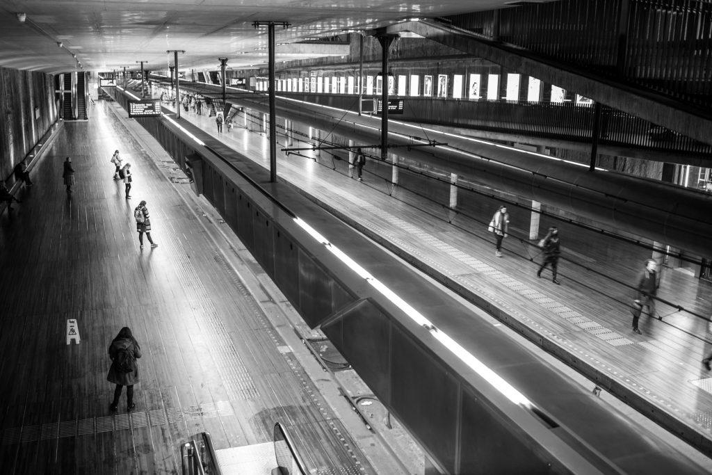 Straatfotografie door Buis Fotografie in Randstad Metrostation